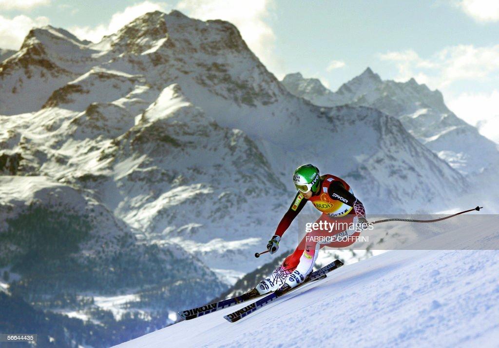 Austrian Michaela Dorfmeister competes d : News Photo