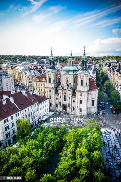 聖ニコラス教会 プラハ旧市街, チェコ - プラハ 旧市街広場 ストックフォトと画像