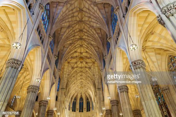 st. patrick's cathedral interior, new york - st. patricks cathedral manhattan stock photos and pictures