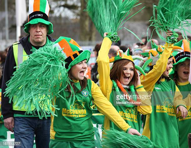 st patrick's day parade - st patricks stock pictures, royalty-free photos & images