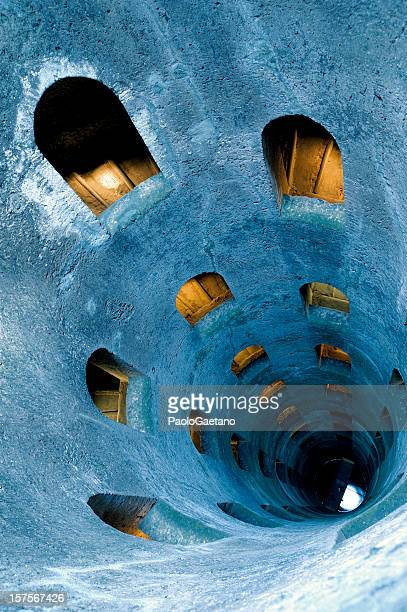 st. patrick's well - orvieto stock pictures, royalty-free photos & images