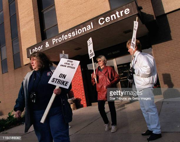 St Paul MN 10/12/01 A bargaining unit of the Office and Professional Employees International Union that represents workers in Twin Cities union...
