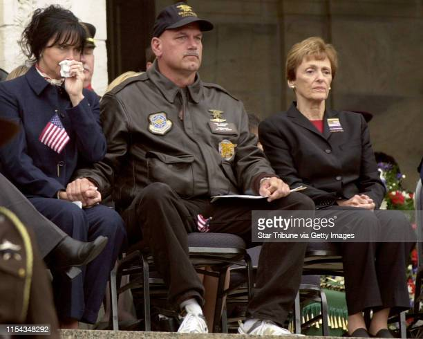 "St. Paul MN, 916/01 ""Minnesota Remembers""------Minnesota Governor Jesse Ventura and first lady Terry Ventura, left, along with Joan Mondale, wife of..."