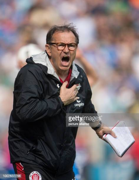 St Pauli's coach Ewald Lienen reacts during the 2nd divisionBundesliga soccer match betweenVfL Bochum and FCSt Pauli in the Vonovia Ruhrstadion...