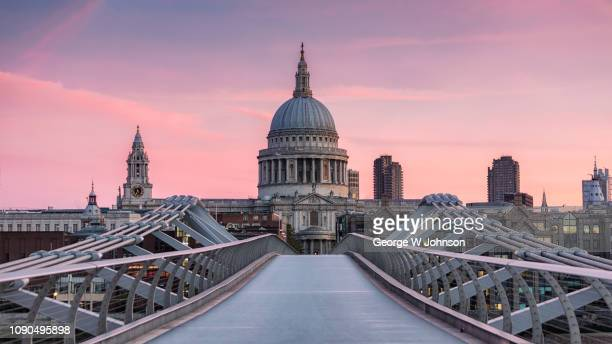 st paul's blush - international landmark stock pictures, royalty-free photos & images