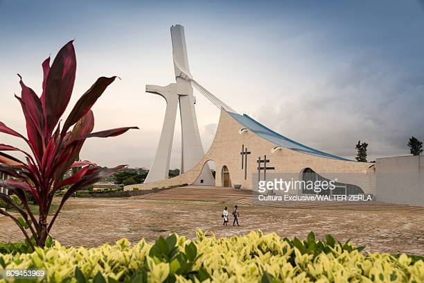 st pauls cathedral, abidjan, ivory coast, africa - abidjan stock pictures, royalty-free photos & images