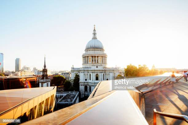 st paul's cathedral against sky at sunset - st. paul's cathedral london stock pictures, royalty-free photos & images