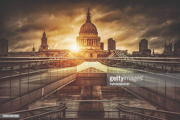St. Paul's Cathedral and Millenium bridge at sunrise