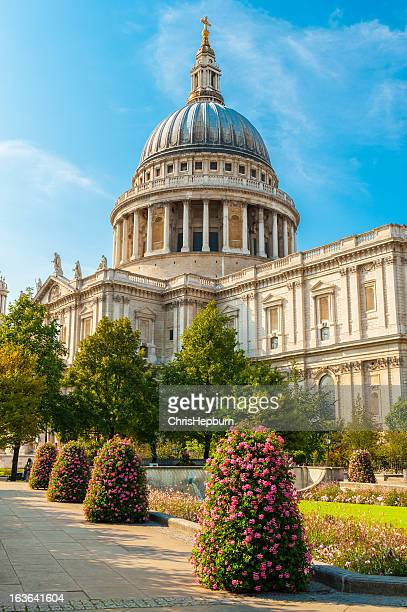 st. paul's cathedral, london, england - st. paul's cathedral london stock pictures, royalty-free photos & images