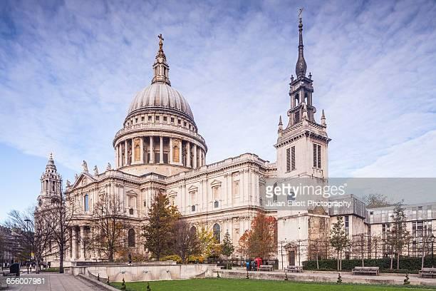 st paul's cathedral, london, england. - セントポール大聖堂 ストックフォトと画像