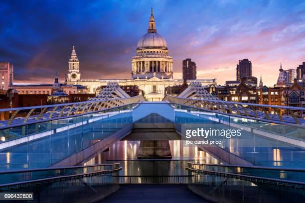 St Paul's Cathedral, Millennium Bridge, Sunrise, London, England