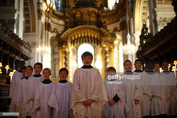 St Paul's Choristers sing during a rehearsal at St Paul's Cathedral on December 9 2015 in London England It is estimated that on the 23rd 24th and...