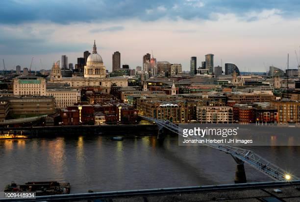 st pauls - london - セントポール大聖堂 ストックフォトと画像
