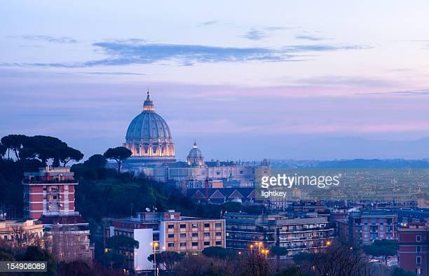 cupola di San Pietro all'alba