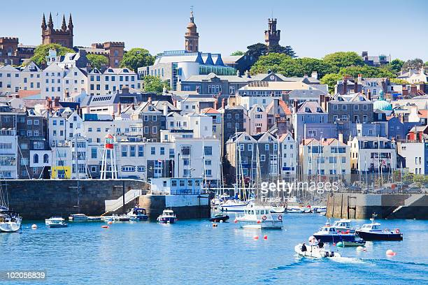 st. peter port, guernsey - isola di guernsey foto e immagini stock