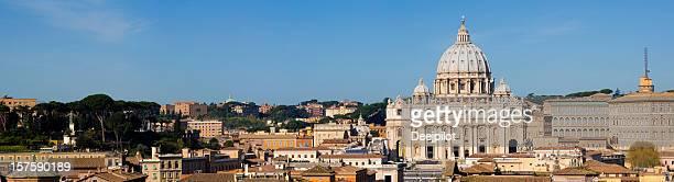 st peters basilica in roma, italia - basilica di san pietro foto e immagini stock