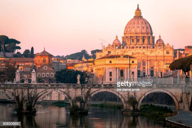 st peter's basilica, the vatican, river tiber, rome, italy - dome stock pictures, royalty-free photos & images