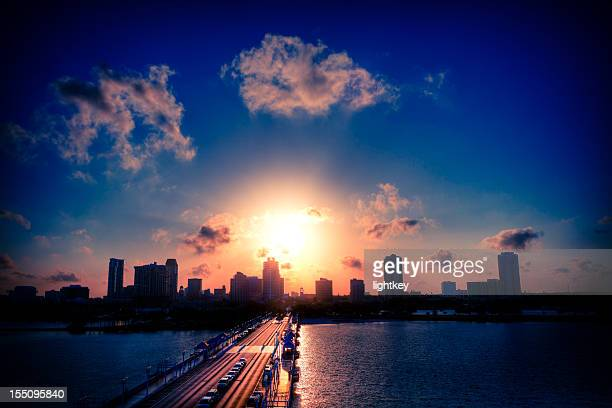 st petersburg downtown - st. petersburg florida stock pictures, royalty-free photos & images
