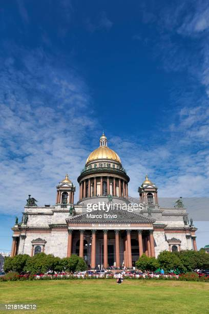 st. petersburg russia. st. isaac's cathedral - marco brivio stock pictures, royalty-free photos & images