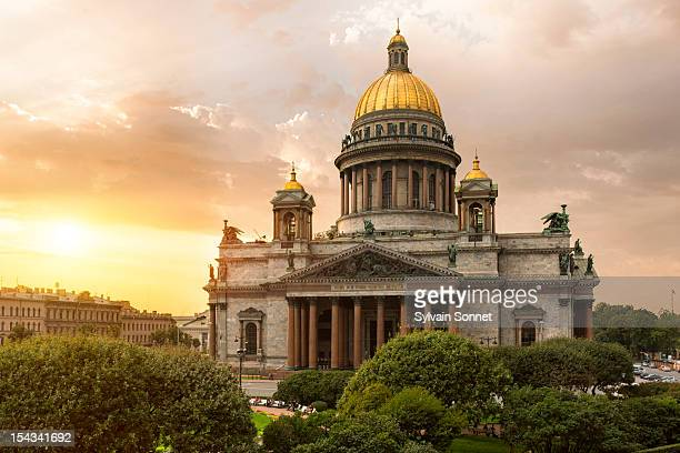st. petersburg, st. isaac's cathedral - cathedral stock pictures, royalty-free photos & images