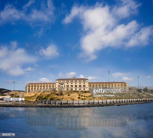 st. quentin prison - san quentin state prison stock pictures, royalty-free photos & images