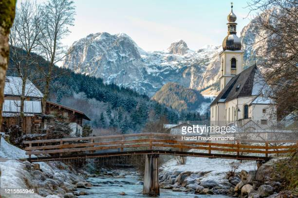 st. sebastian kirche in ramsau bei berchtesgaden im winter - kirche stock pictures, royalty-free photos & images
