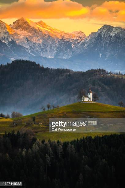 st. tomaz church - slovenia stock pictures, royalty-free photos & images