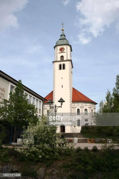 st. verena's parish church in the city of bad wurzach, ravensburg district, upper swabia, baden-wuerttemberg, germany - ravensburg stock-fotos und bilder