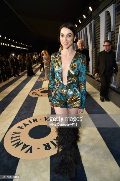St Vincent attends the 2018 Vanity Fair Oscar Party hosted by Radhika Jones at Wallis Annenberg Center for the Performing Arts on March 4 2018 in...