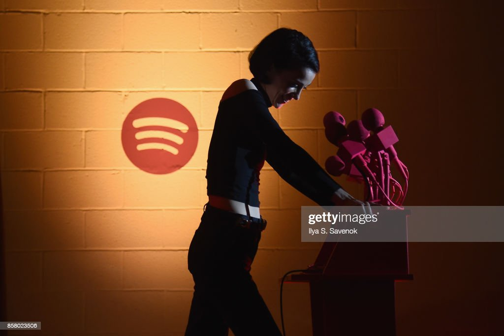 """Spotify Creates Special Escape Room Experience for St Vincent and their Biggest Fans to Celebrate Forthcoming Album """"Masseduction"""" : News Photo"""