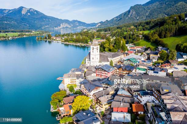 st. wolfgang and the small town st. wolfgang im salzkammergut, upper austria, austria, europe - austrian culture stock pictures, royalty-free photos & images