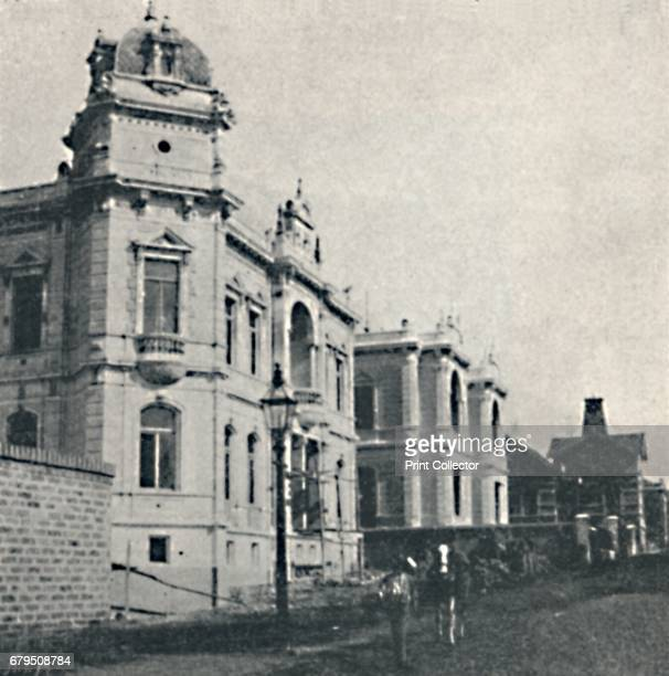 Sta Cecilia ' 1895 Casas Particulares em S Paulo Santa Cec›lia is a district in the city of Sao Paulo Brazil From Sao Paulo by Gustavo Koenigswald [S...