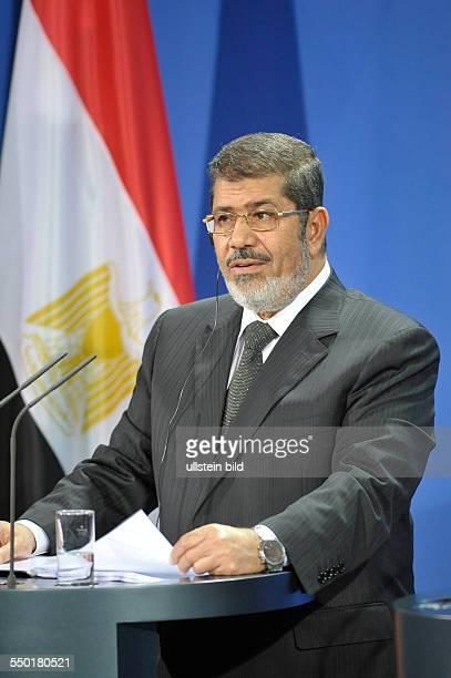 Staatspräsident Mohammed Mursi während einer Pressekonferenz anlässlich seines Besuches in Berlin