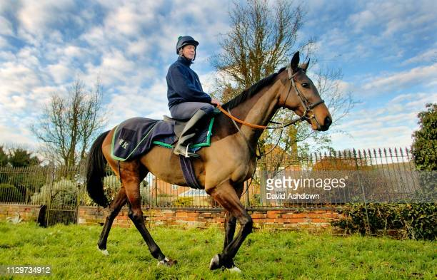 Stable Lad Dave Reddy on Impek who rums in the King George Chase at Kempton Park pictured at Henrieter Knight Sables 24th December 2005.