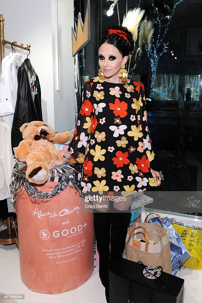 alice + olivia by Stacey Bendet x GOOD+ Foundation Toy Drive Kick-Off : News Photo
