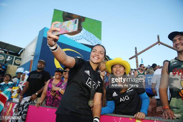 Stacey Waaka of the Black Ferns Sevens takes selfies with the fans after day two of the 2019 Hamilton Sevens at FMG Stadium on January 27, 2019 in...