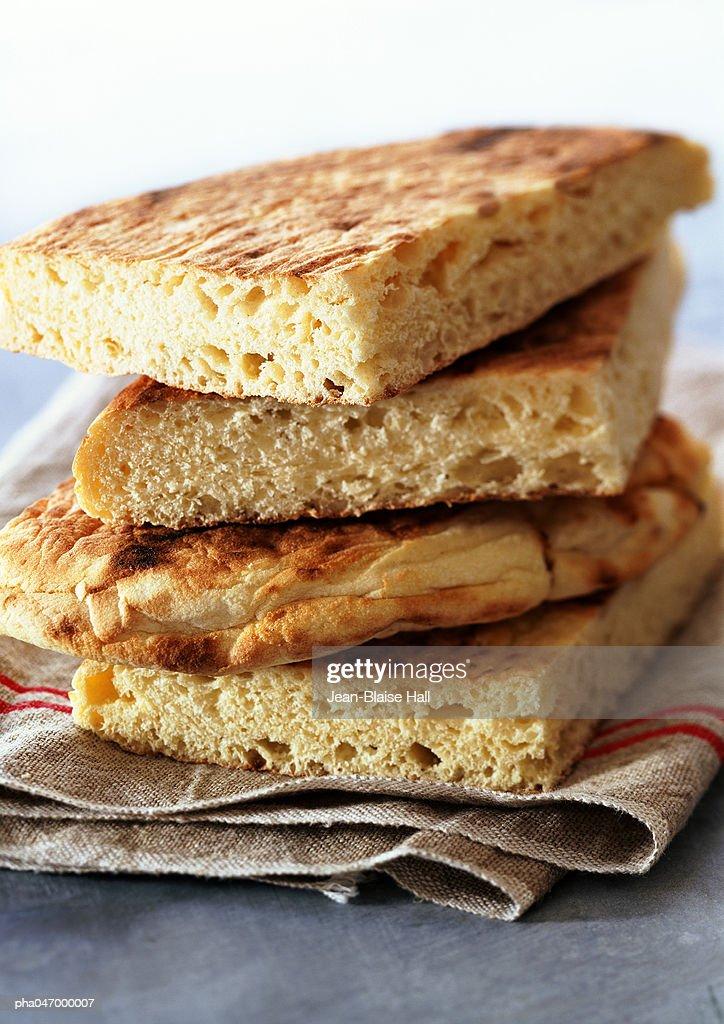 Stack of algerian bread, close-up : Stockfoto