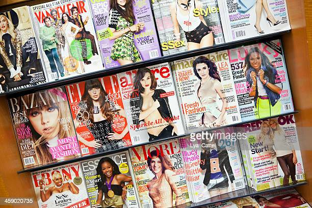 stack of magazines # 12 xxxl - magazine rack stock photos and pictures