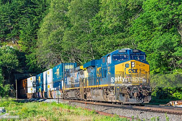 CSX stack train exits tunnel on East Coast River Line