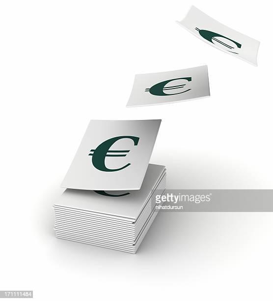 Gestapelte Papiere mit dem Euro-symbol