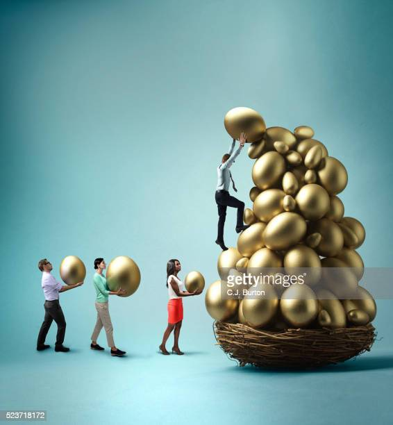 Stacking eggs