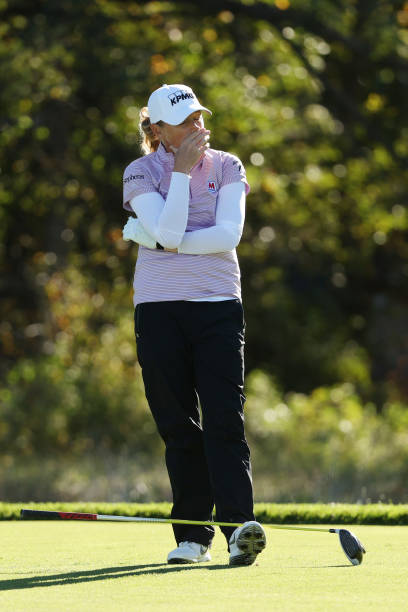 https://media.gettyimages.com/photos/stacy-lewis-of-the-united-states-reacts-after-playing-her-shot-from-picture-id1279160506?k=6&m=1279160506&s=612x612&w=0&h=gFRL8aM96h2HyRu-H44FTfEK8KizeUkyEAaBnoaBwzY=