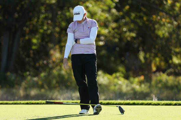 https://media.gettyimages.com/photos/stacy-lewis-of-the-united-states-reacts-after-playing-her-shot-from-picture-id1279160508?k=6&m=1279160508&s=612x612&w=0&h=Cd92KuZqtBAVe6QSOA1mzZG1BH8DqUtUAScZd3mdehQ=