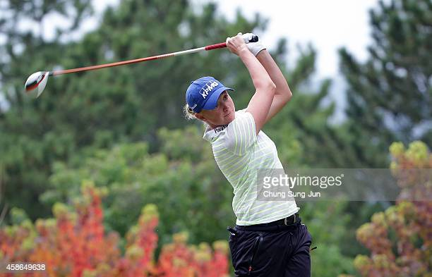 Stacy Lewis of United States hits a tee shot during the final round of the Mizuno Classic at Kintetsu Kashikojima Country Club on November 9 2014 in...