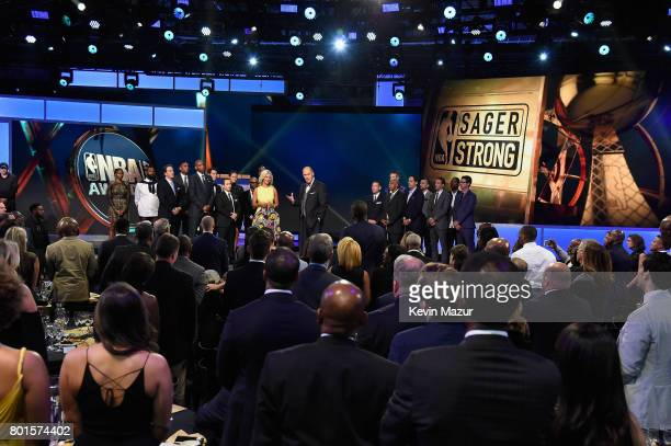 Stacy Sager and Ernie Johnson presents the Sager Strong Award during the 2017 NBA Awards Live on TNT on June 26 2017 in New York New York 27111_002
