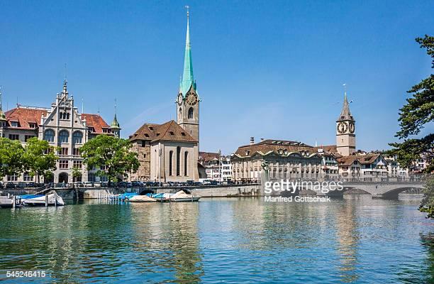 Stadthausquai Zürich & Fraumünster