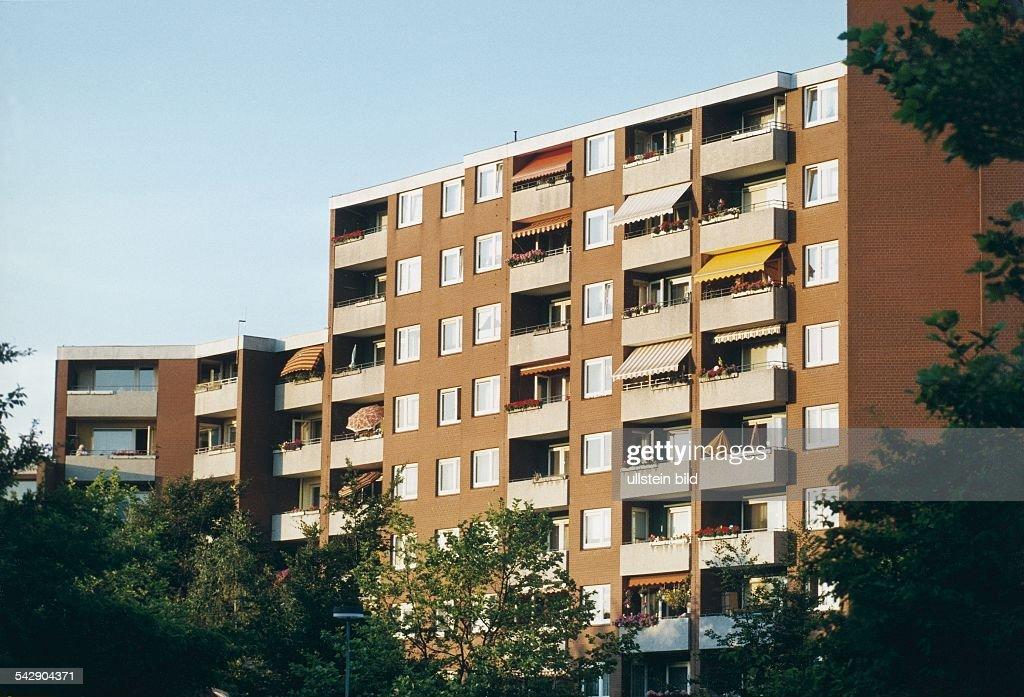 Hochhaussiedlung Steilshoop / Hamburg : News Photo