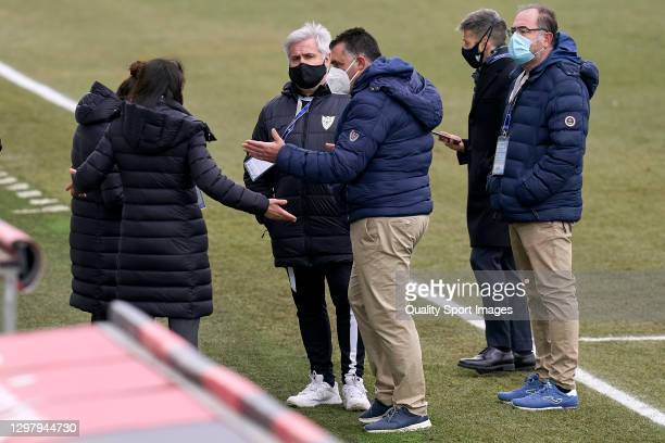 Staff of both teams talk prior to suspending the game due to an EDF Logroño player reportedly testing positive for COVID-19 prior to kickoff of the...