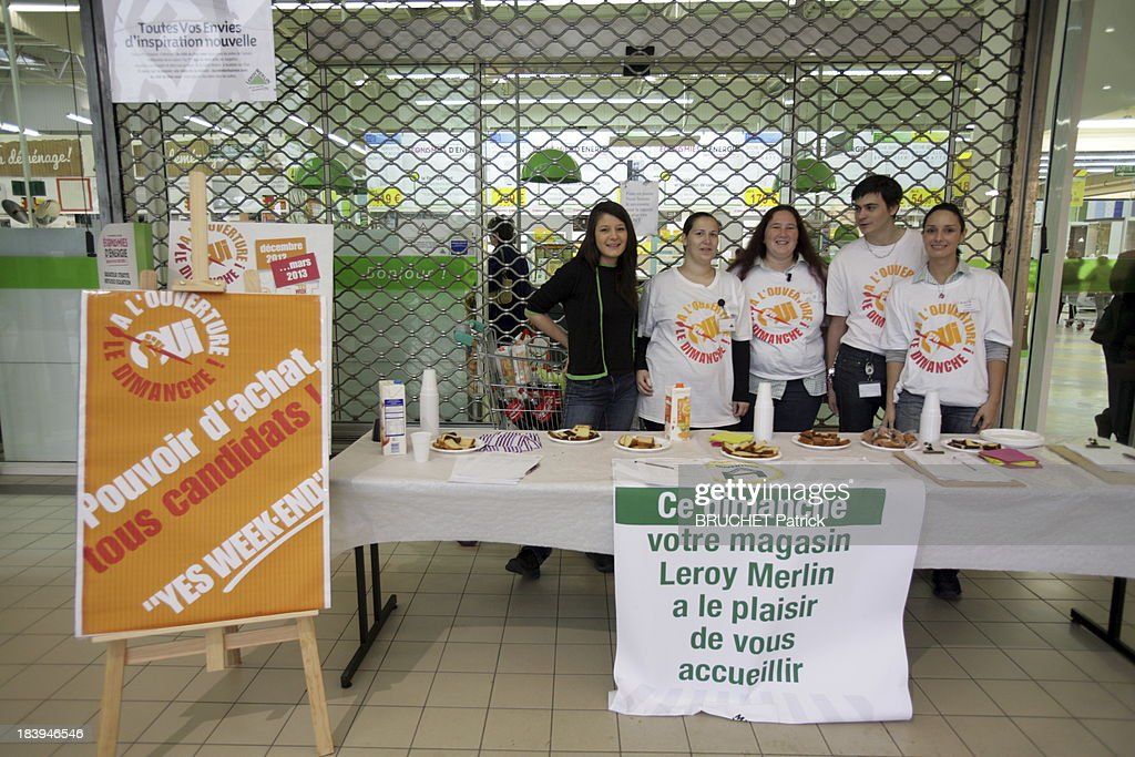 High Quality Staff Of The Diy Store Leroy Merlin Protest Against The Law Requiring Them  To Close On With Store Paille Leroy Merlin