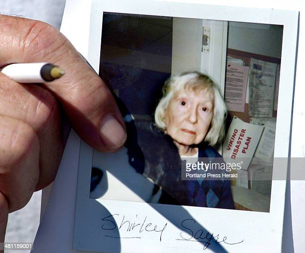 Staff Photo by Gordon Chibroski Friday August 9 2002 A photo of Shirley Sayre a 72year old resident of the Viking Community retirement home on Scott...